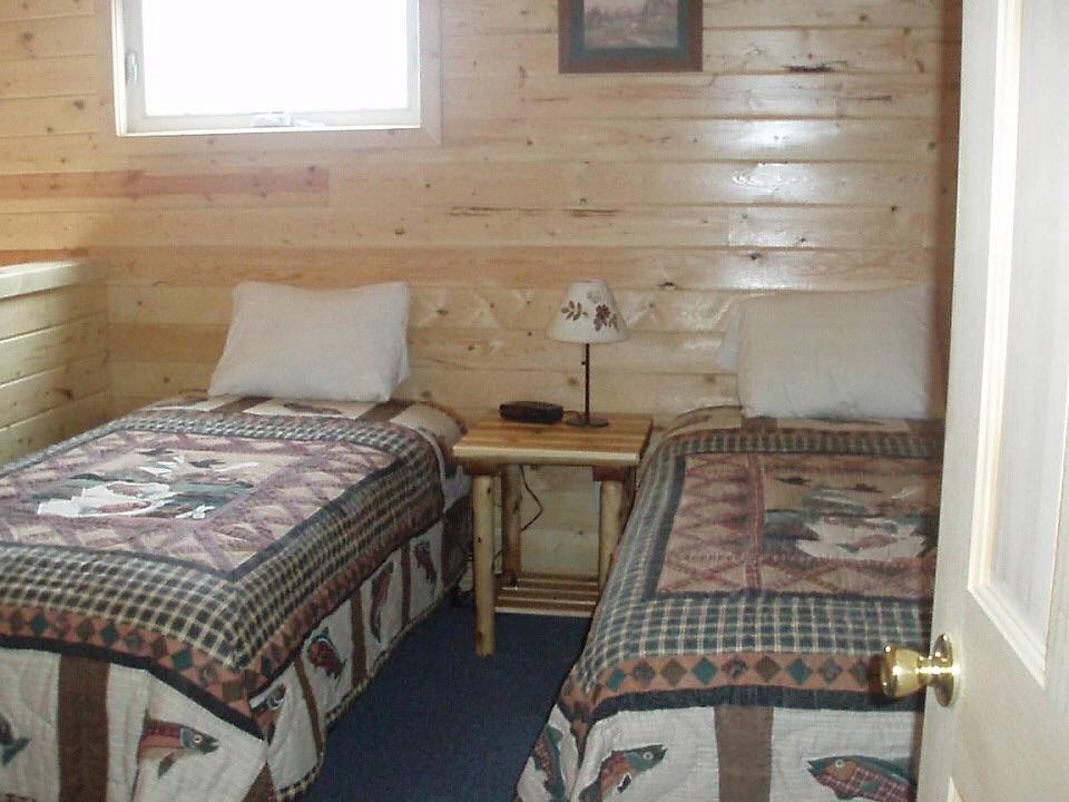 Cabin's 2nd Bedroom